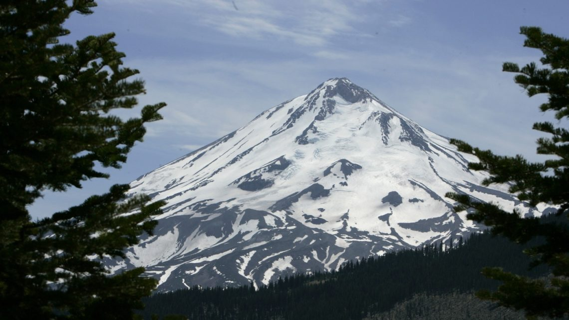 Mount Shasta Spiritual Retreat Like Community