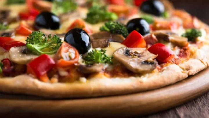 How To Select Pizza Toppings?