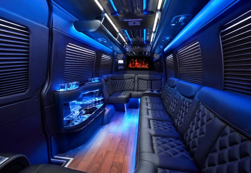 Latest trend in Transportation- Party Buses Rentals