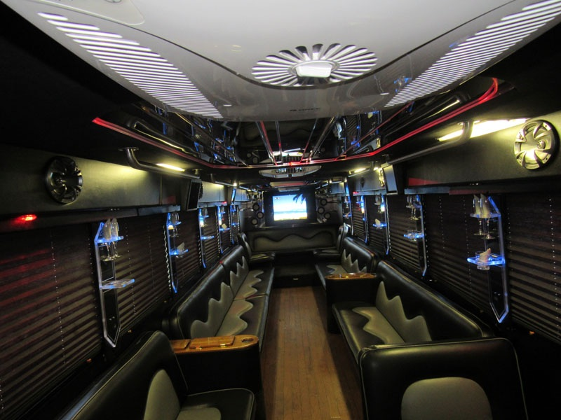 Hire a Party Limo Bus for Your 6 Special Occasions