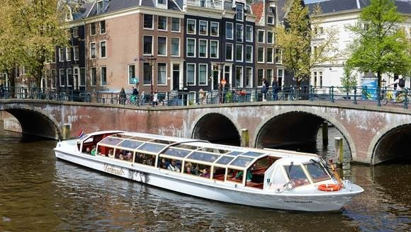 5 reasons to spend winter holidays cruising the Dutch cultural season