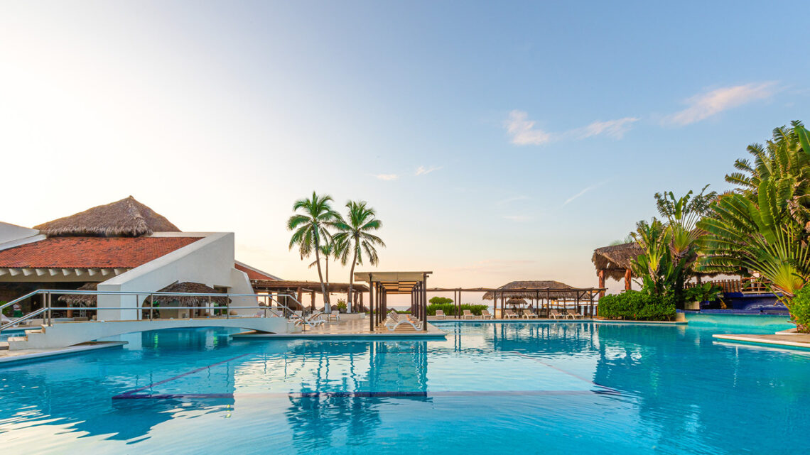 Royal Holiday Vacation Club: Your Ticket To Another World