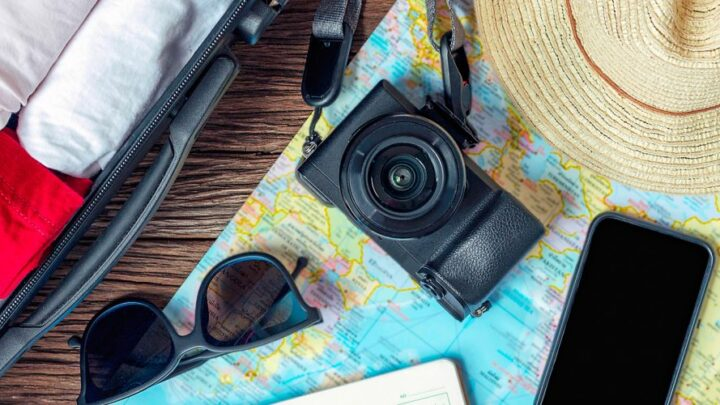 Travel Essentials to Love This Season